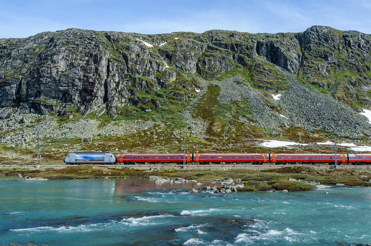 Train 609 by Oksabotn